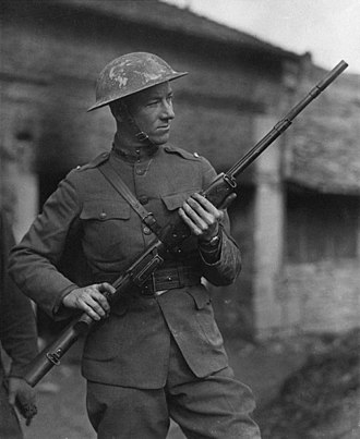 Automatic rifle - 2nd Lt. Val Browning with the Browning Automatic Rifle in France during World War I.