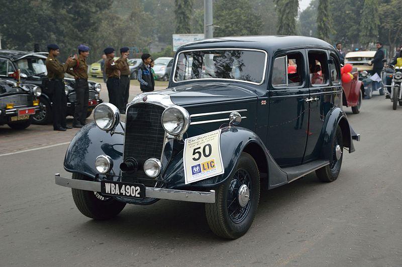 File:Vauxhall - DX - 1936 - 15 hp - 4 cyl - WBA 4902 - Kolkata 2016-01-31 9830.JPG