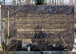 Velden Gedächtnisweg Friedhof Grabstein Familie von Sternfeld 31012018 2647 2648.jpg