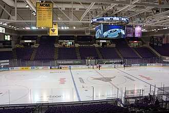 Verizon Center (Mankato, Minnesota) - The Verizon Center inside before a hockey game event