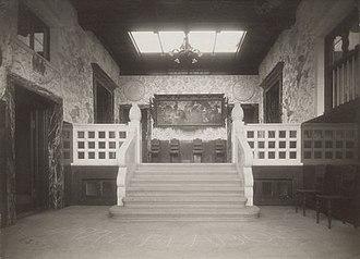 Grey House, Carlsberg - The vestibule shortly after the expansion