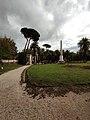 Villa Torlonia - pino domestico e obelisco.jpg