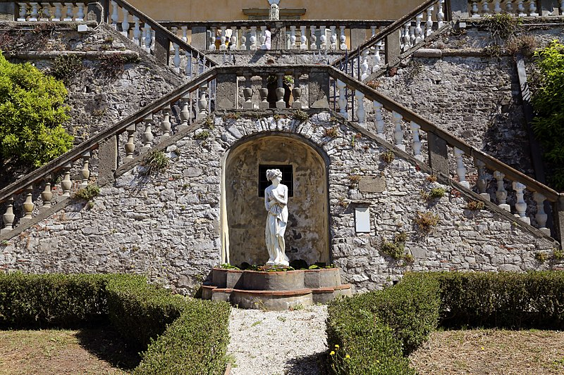 File villa paolina di compignano giardino all 39 italiana - Giardino all italiana ...