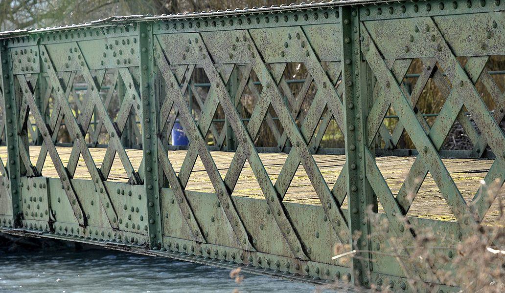 Pont métallique à  Vilosnes-Haraumont