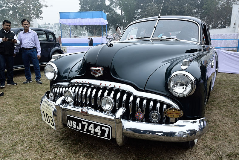 File:Vintage Car Rally 2016 09.jpg