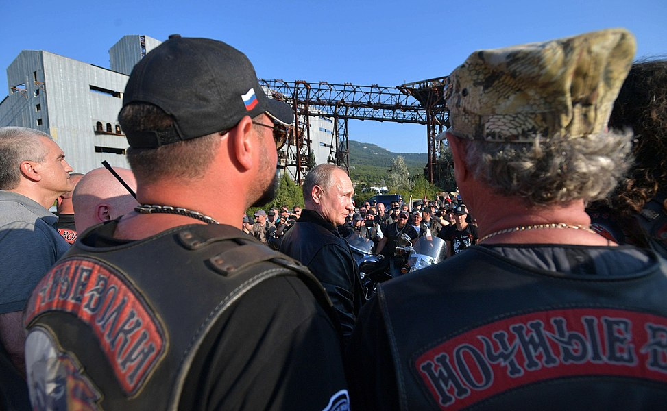 Vladimir Putin with Night Wolves Motorclub (2019-08-10) 10.jpg
