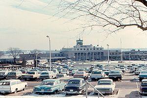 Ronald Reagan Washington National Airport - The airport in 1970