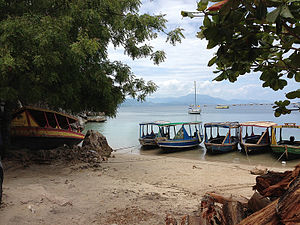 Water taxi - Water taxis parked at Labadie beach, Haiti