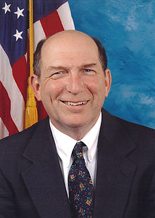 Wayne Gilchrest of Maryland, official portrait.jpg
