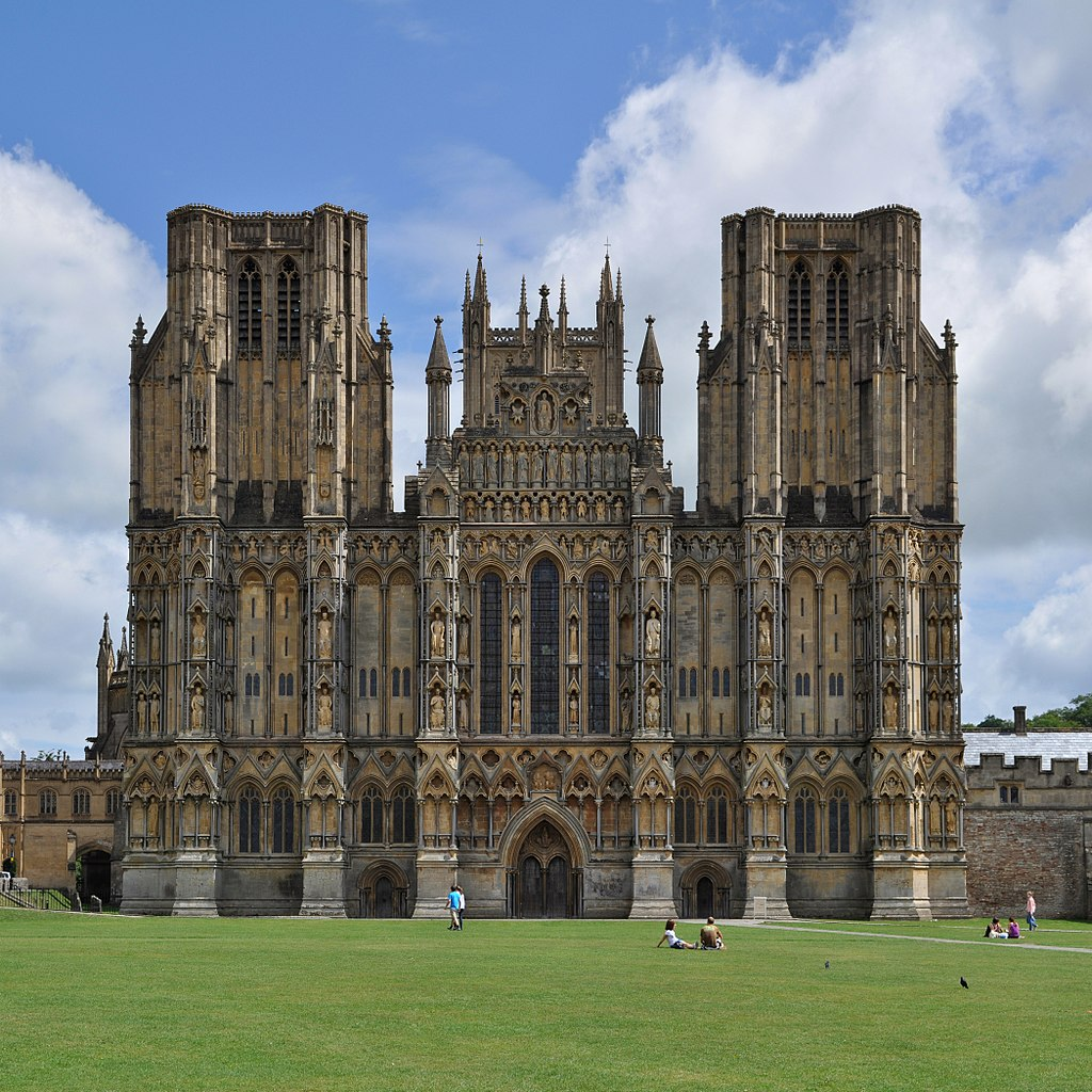 File wells cathedral wells wikimedia commons - Skelettbau architektur ...
