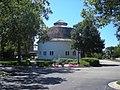 Wheeler-Magnus Round Barn (Arlington Heights, IL) 01.JPG