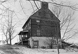 Willis House.jpg