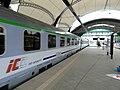 Wrocław - Dworzec Główny - 05 2012 (7478918108).jpg