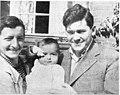 Zbigniew Uniłowski - Z żoną i synkiem 1937 (fot. Artur Rodziński) v3.jpg