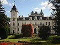Zielonagóra - pałac z końca XIX w. - 1430A - widok od frontu - pow. szamotulski.jpg