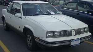 Oldsmobile Cutlass Calais - Image: '85 '86 Oldsmobile Calais Coupe
