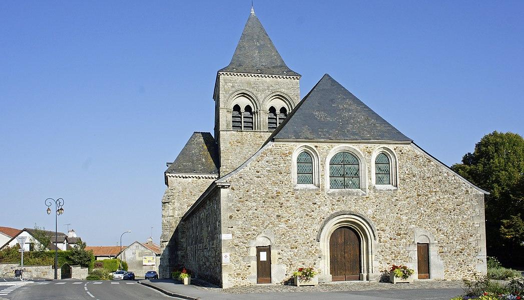 Église de Berru, portail ouest.