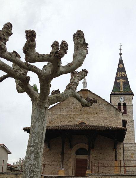 Église Saint-Laurent de Savigneux (Ain).