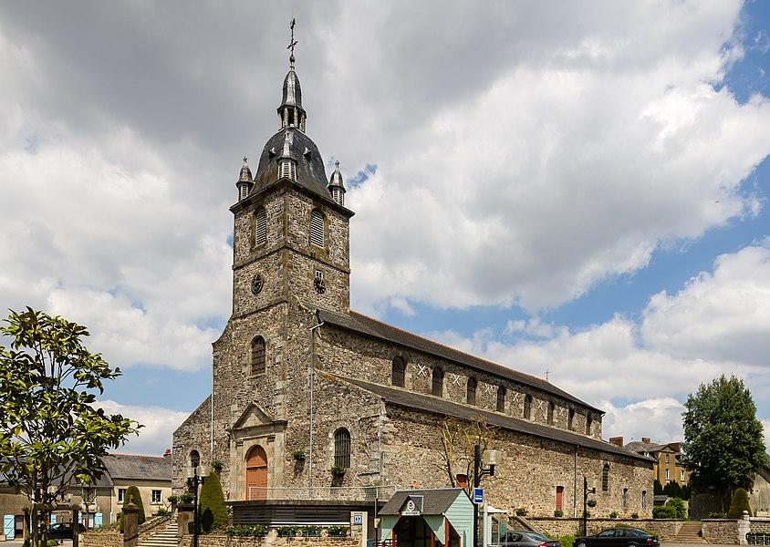 Français:  Église Saint-Pierre d'Irodouër (France).