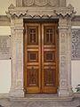 Πλαϊνή είσοδος Αγίου Μηνά 3595.jpg