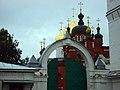 Вход в монастырь в Костроме.JPG