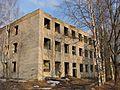 Заброшенное здание 1 - panoramio.jpg