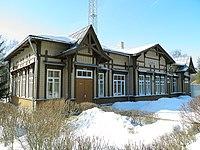 Здание вокзала ст. Ливберзе - Līvbērzes stacijas ēka (2).jpg