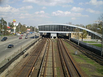 Darnytsia (Kiev Metro) - Image: Метро Дарниця
