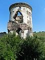 Одна з веж Червоногородського замку.jpg