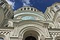 Фрагмент бокового фасада Морского собора в Кронштадте.jpg