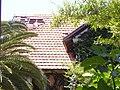 בית הפסטור שניידר גג שהחל להתבלות התשבי 130 חיפה מרכז הכרמל.JPG