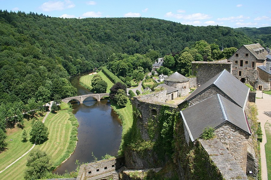 Bouillon (Belgium): the fortified castle (Xth–XVIth centuries) – the big and the little powder-magazines, the horn (corne) of Turenne, the arsenal and the bridge on the Semois river viewed from the tower of Austria.