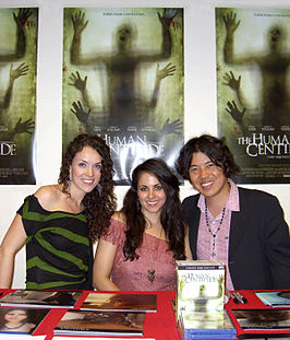 Ashlynn Yennie, Ashley C. Williams and Akihiro Kitamura in Manhattan voor de promotie van de film (Foto: Luigi Novi)
