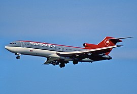 11gg - Northwest Airlines Boeing 727-251; N203US@FLL;30.01.1998 (8064695962).jpg