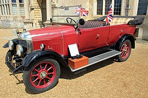 Morris Oxford bullnose - 1925 Four-seater tourer on the new for 1925 long wheelbase chassis