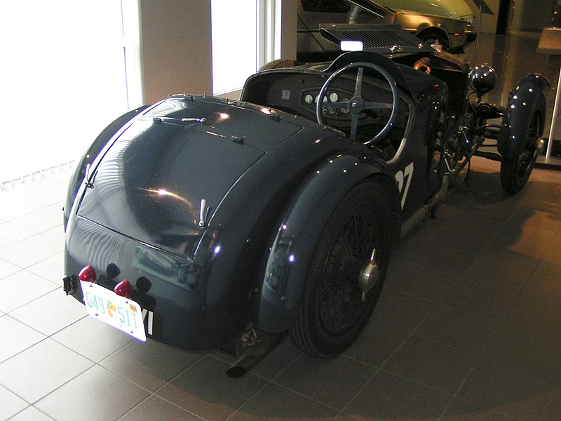 File:1929TractaA-rear.jpg