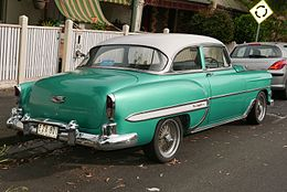 1954 Chevrolet Bel Air coupe (2015-11-11) 02.jpg