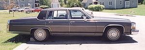 Cadillac Fleetwood Brougham - Image: 1982 cadillac fleetwood brougham