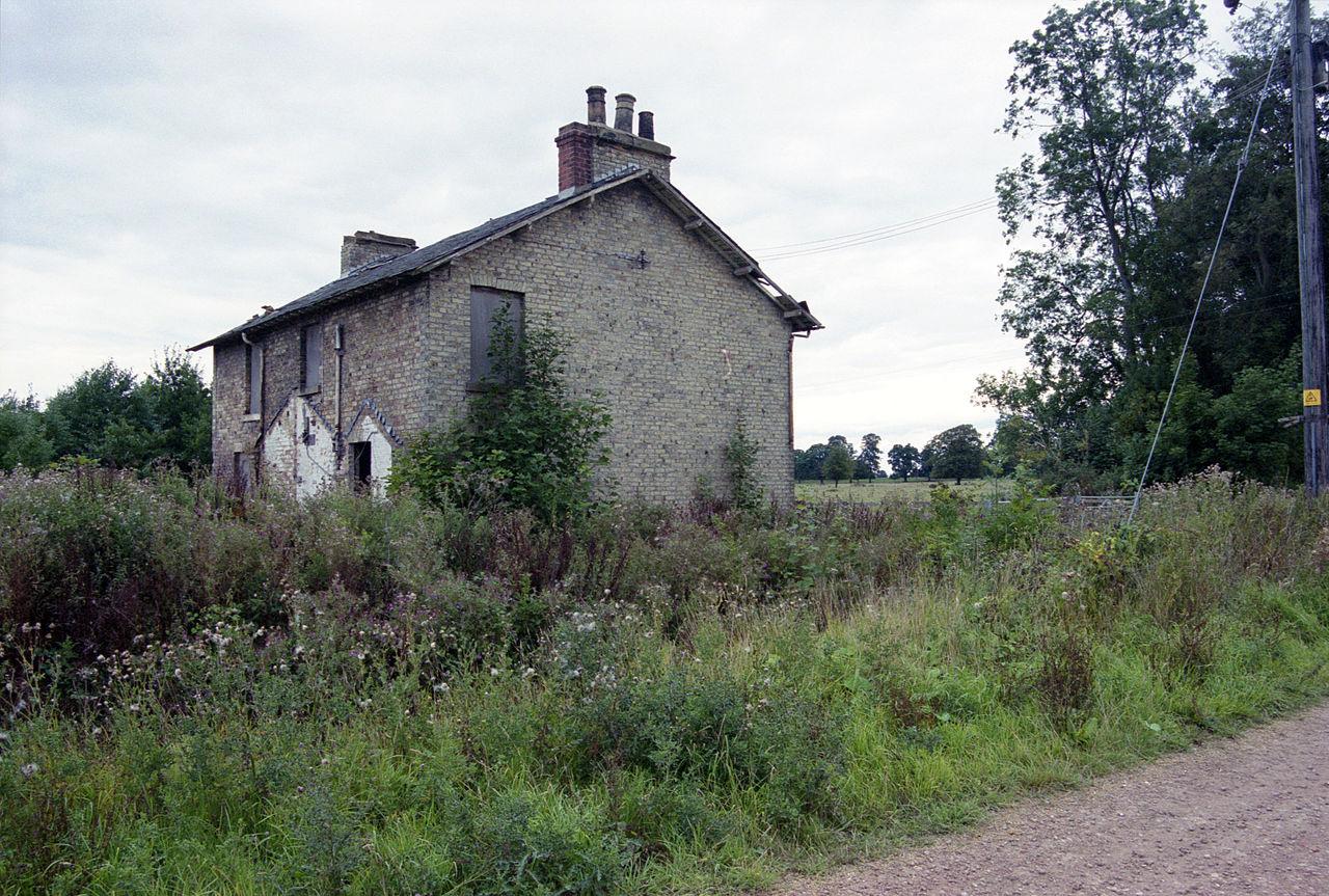 File 1999 Abandoned Cottage Sandhall Skelton Kilpin