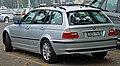 2002-2005 BMW 320i (E46) Touring (2011-01-13).jpg