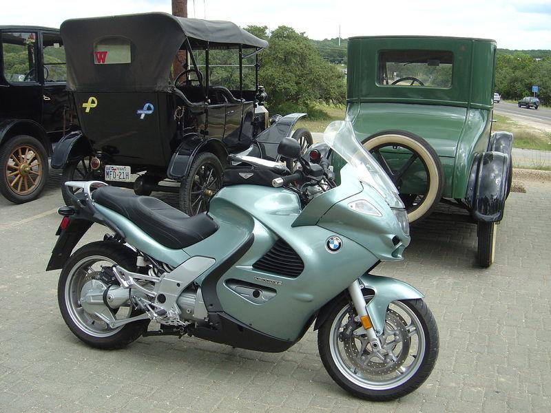 File:2004 BMW K1200GT.jpg