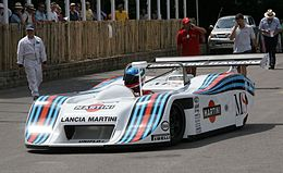 https://upload.wikimedia.org/wikipedia/commons/thumb/1/13/2006FOS_1982LanciaLC1Martini-2.jpg/260px-2006FOS_1982LanciaLC1Martini-2.jpg