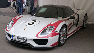 Porsche 918 Spyder - Porsche 918 Spyder Weissach Package