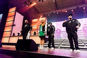 Fun Factory (band) - Image: 2015332220010 2015 11 28 Sunshine Live Die 90er Live on Stage Sven 5DS R 0196 5DSR3313 mod