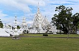 20171107 White Temple Chiang Rai 0221 DxO.jpg