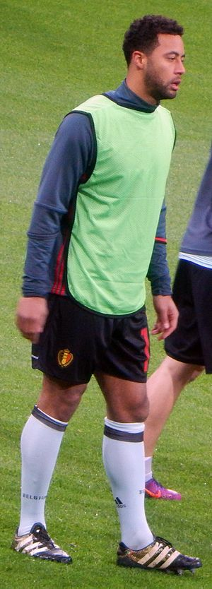 Mousa Dembélé (Belgian footballer) - Dembélé warming up for Belgium in 2017