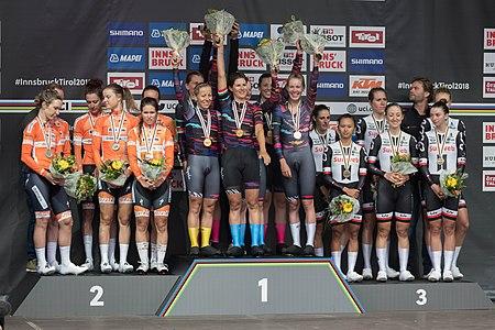 20180923 UCI Road World Championships Innsbruck Women's TTT Siegerehrung DSC 6739.jpg