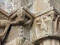 414 Sant Pere de Galligants (Girona), detall dels capitells del portal romànic.JPG