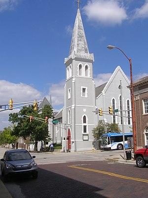 Centennial Neighborhood District - Image: 600 Ferry Street St John Episcopal P9030213