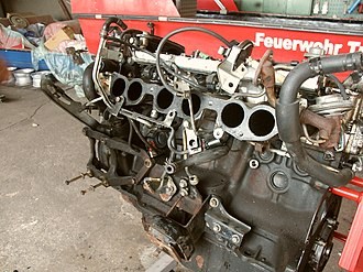 Toyota M engine - Image: 7M GTE side view